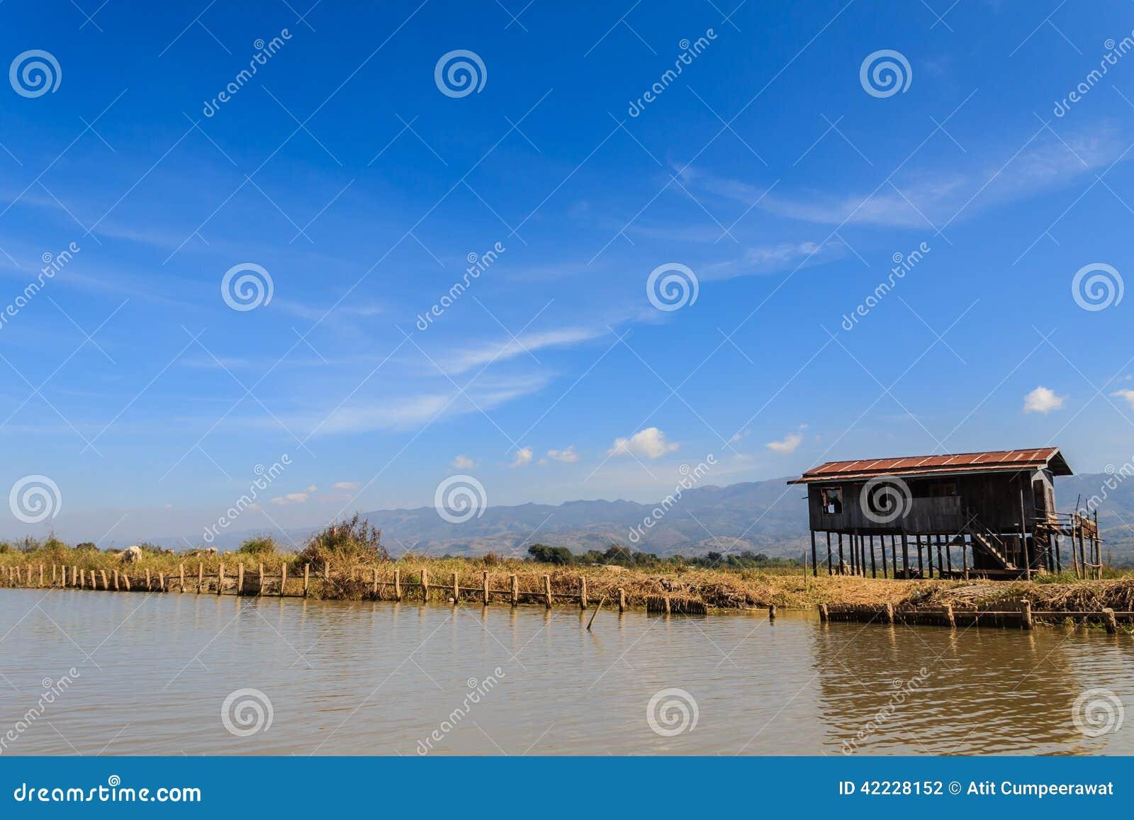 Hut, inle meer in Myanmar (Burmar)