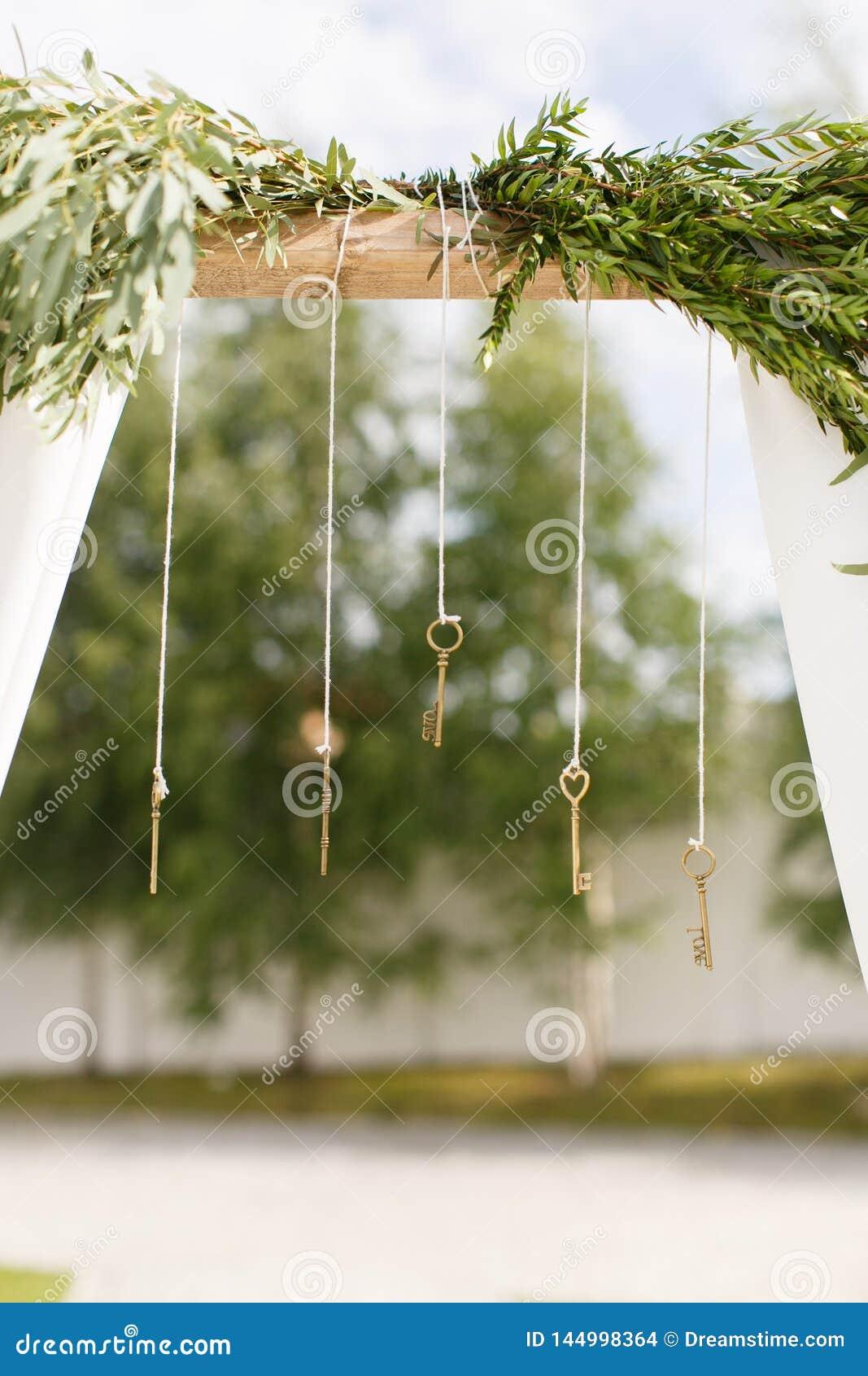 Huwelijksboog met sleutels