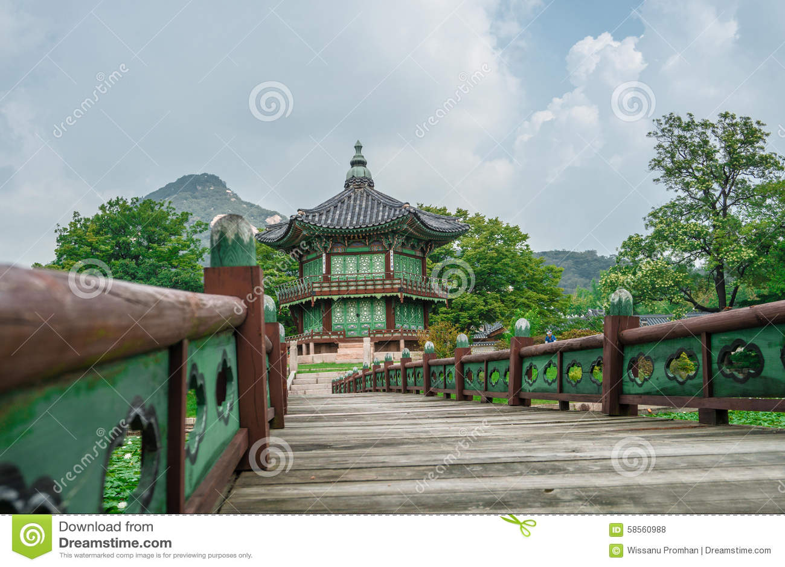 Hyangwonjeongpaviljoen