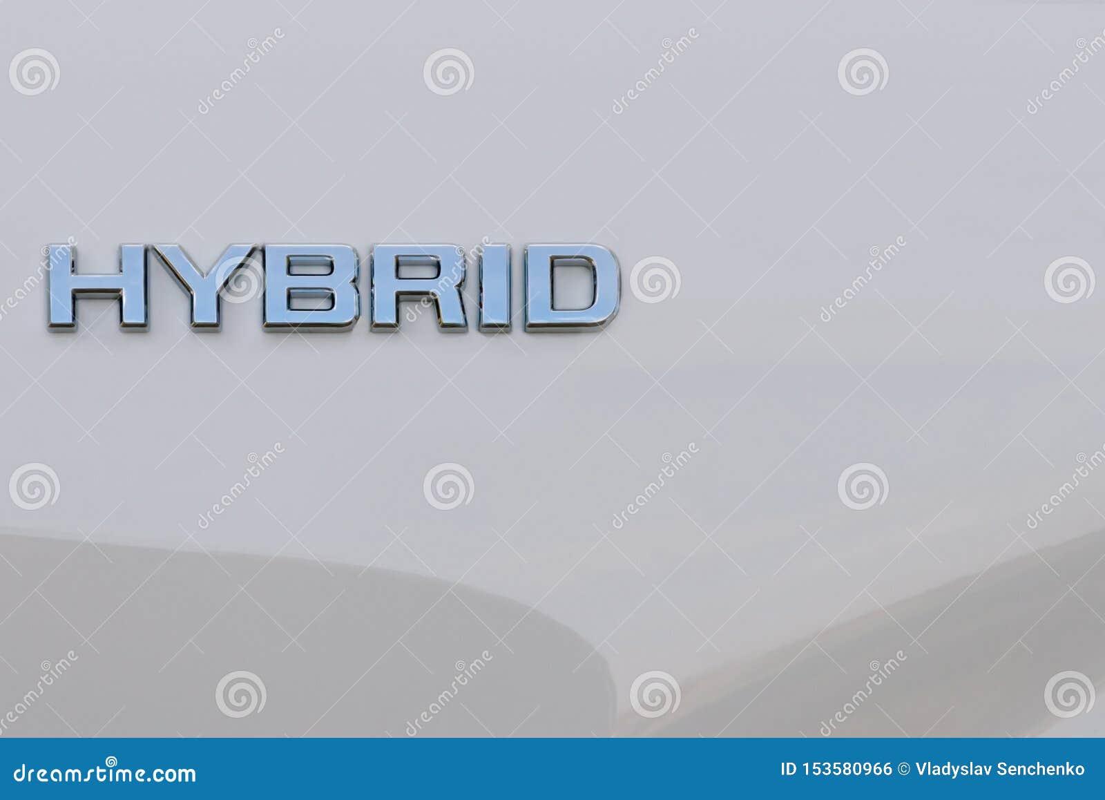 Hybrydowy słowo na białym tle