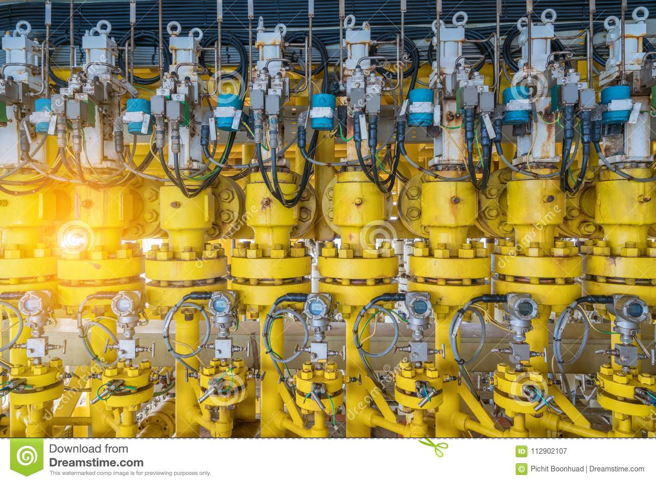 Hydraulic choke or throttle valves at offshore oil and gas wellhead remote platform