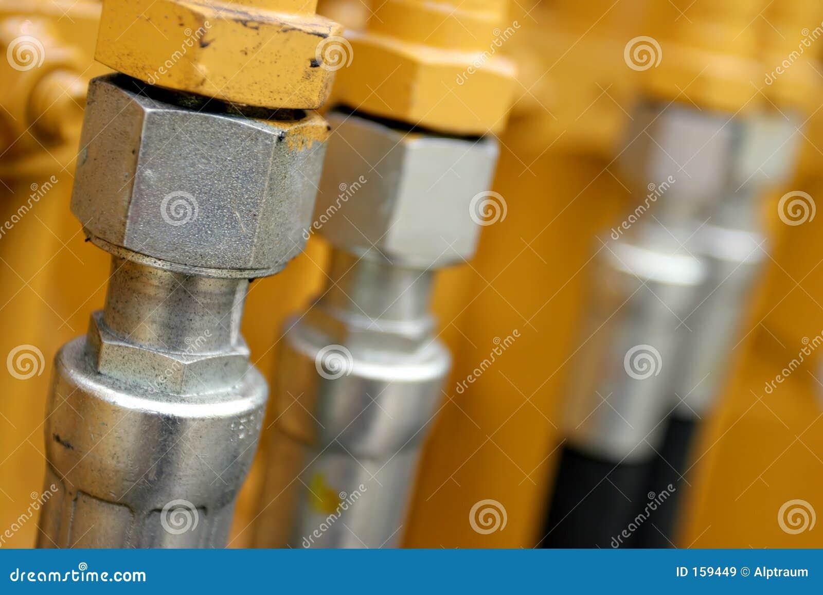 Hydraulic lines