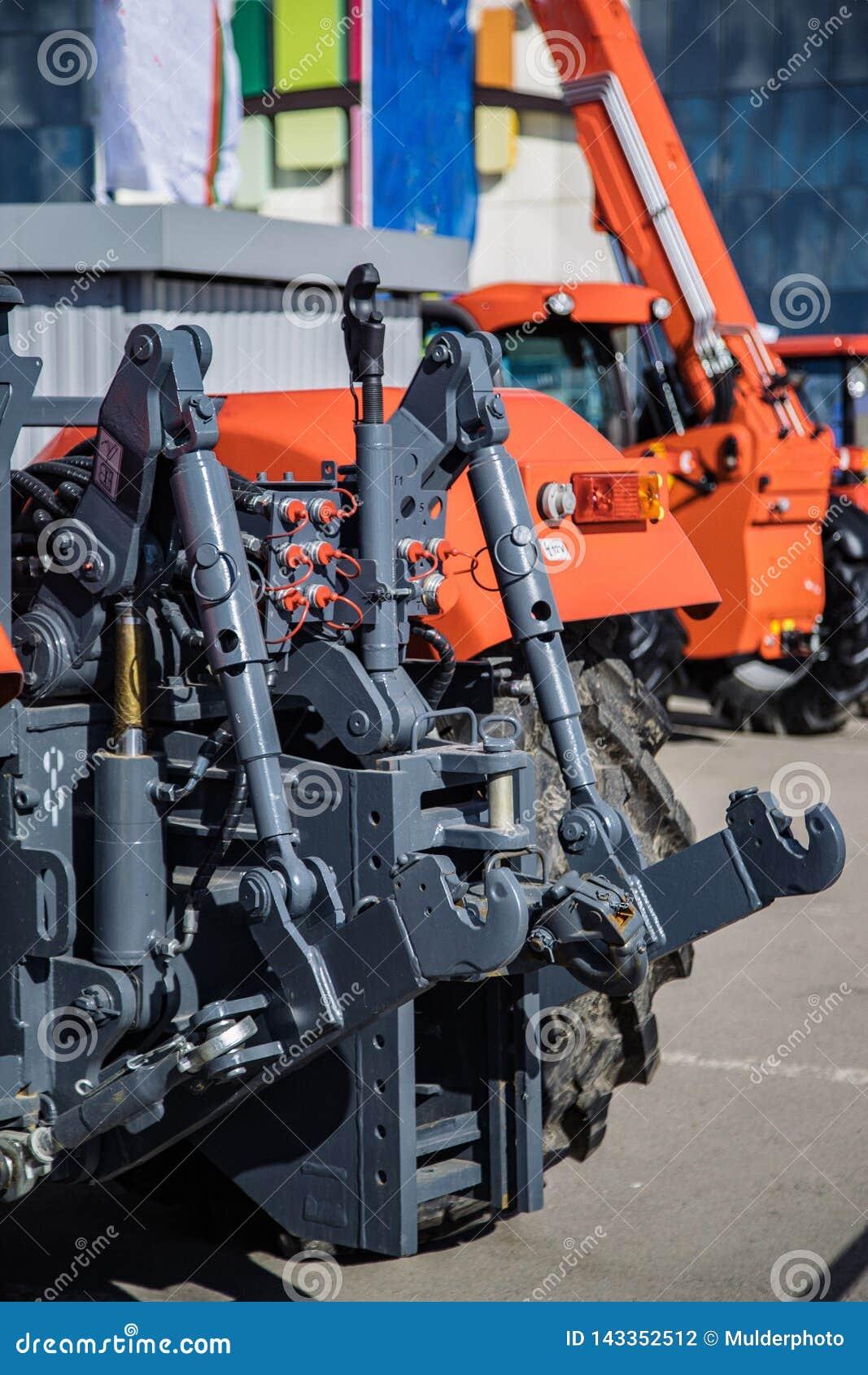 Hydraulisk hake Hydraulisk lyftande ram Bakre mekanism för att fästa skuggad utrustning av traktoren