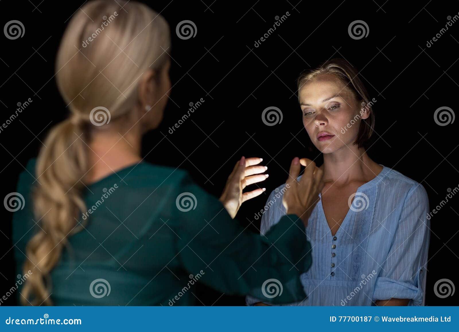Frau im körper hypnose einer Angela Salzmann