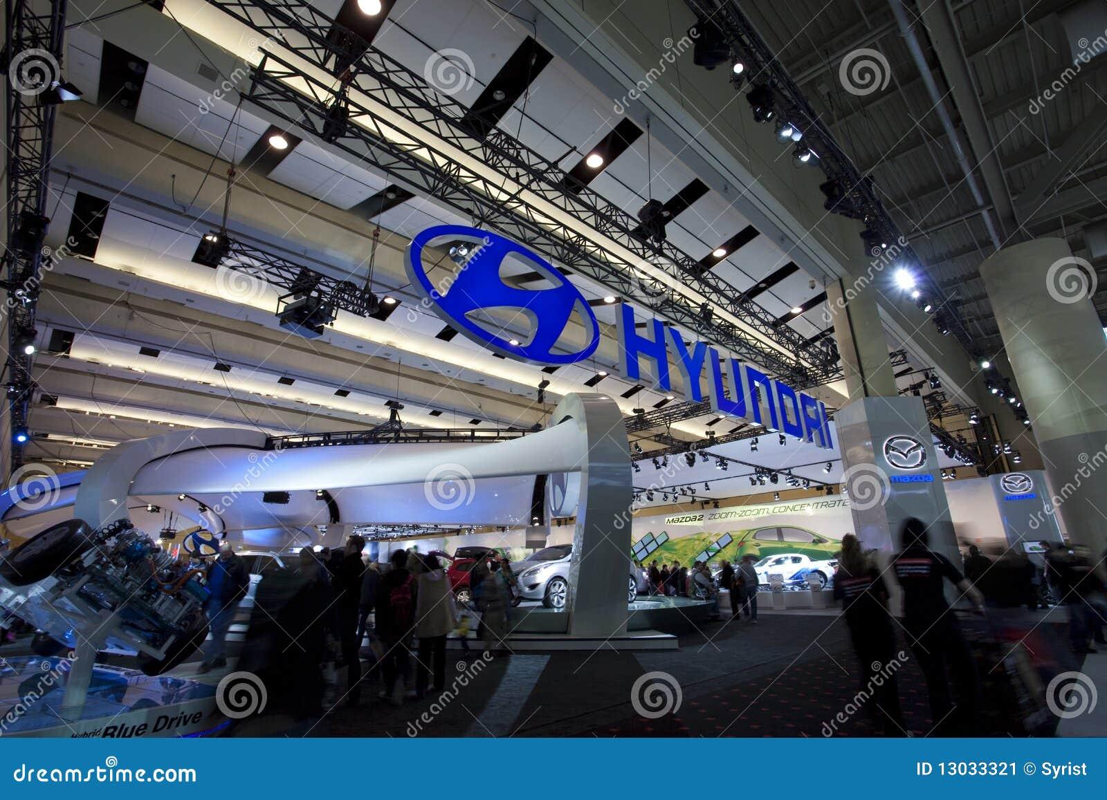 Hyundai exhibit at 2010 Autoshow