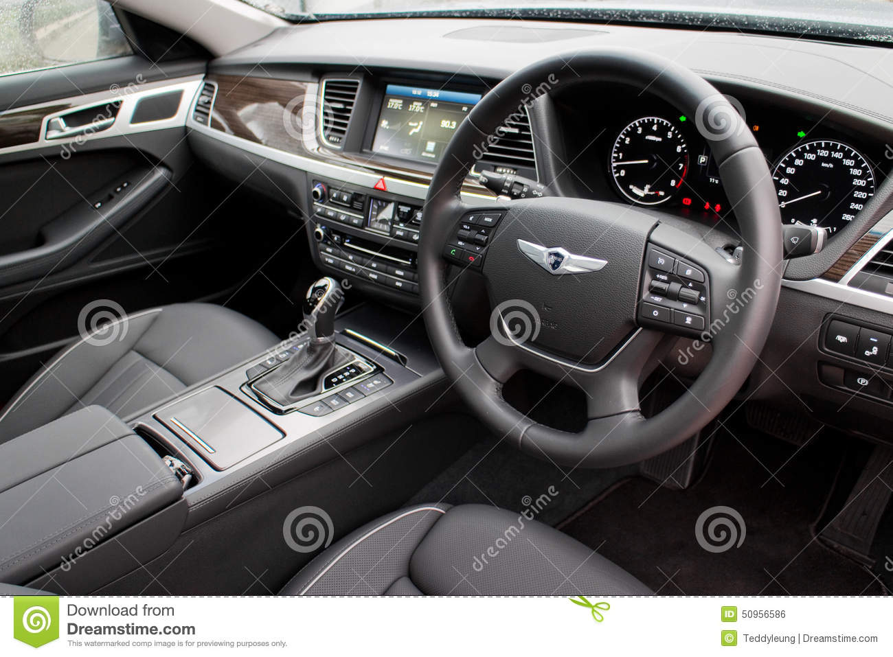 Download Hyundai GENESIS 2015 Interior Editorial Photo   Image Of Modern,  Vehicle: 50956586