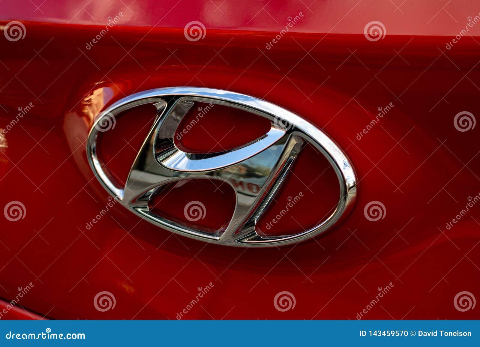 Hyundai-grillornament