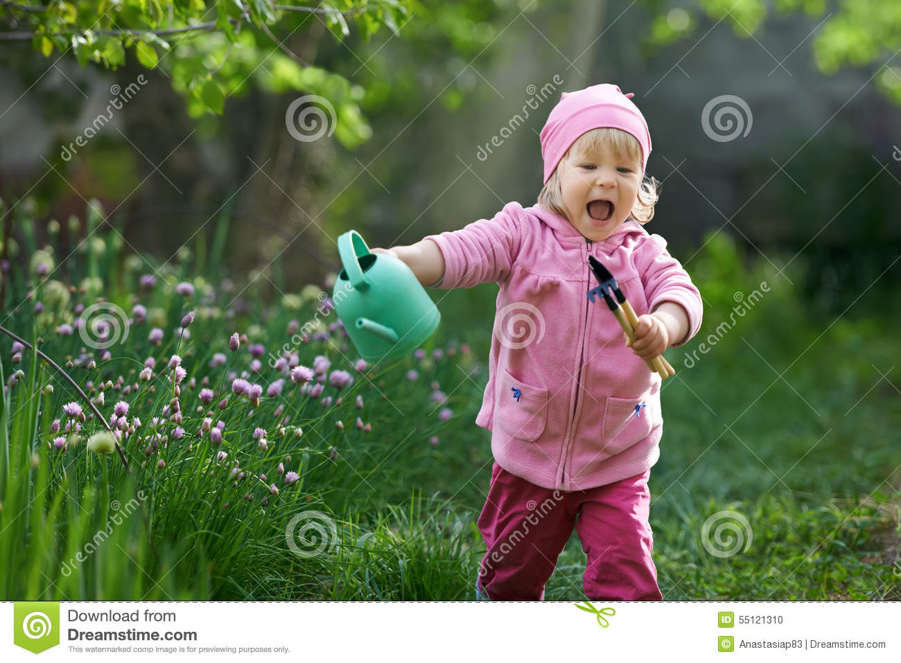 I adore country life. Child is in a hurry to start gardening
