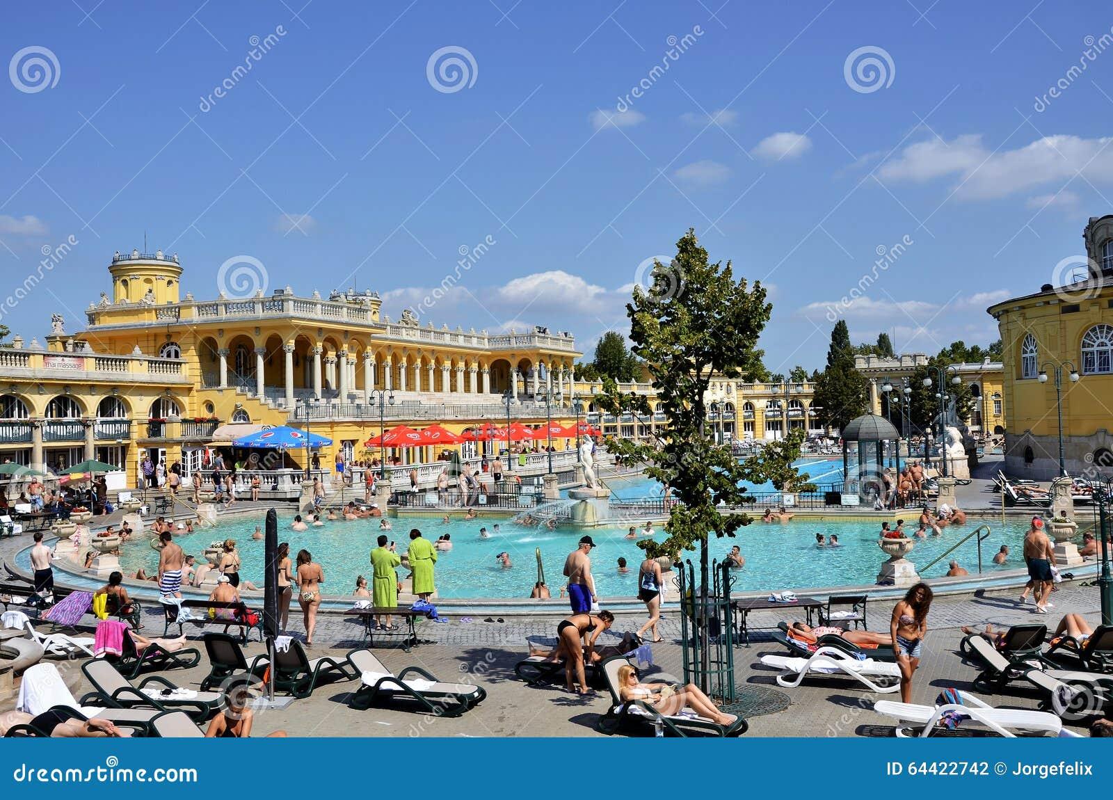 I Bagni Di Budapest Szechenyi Fotografia Editoriale - Immagine di ...