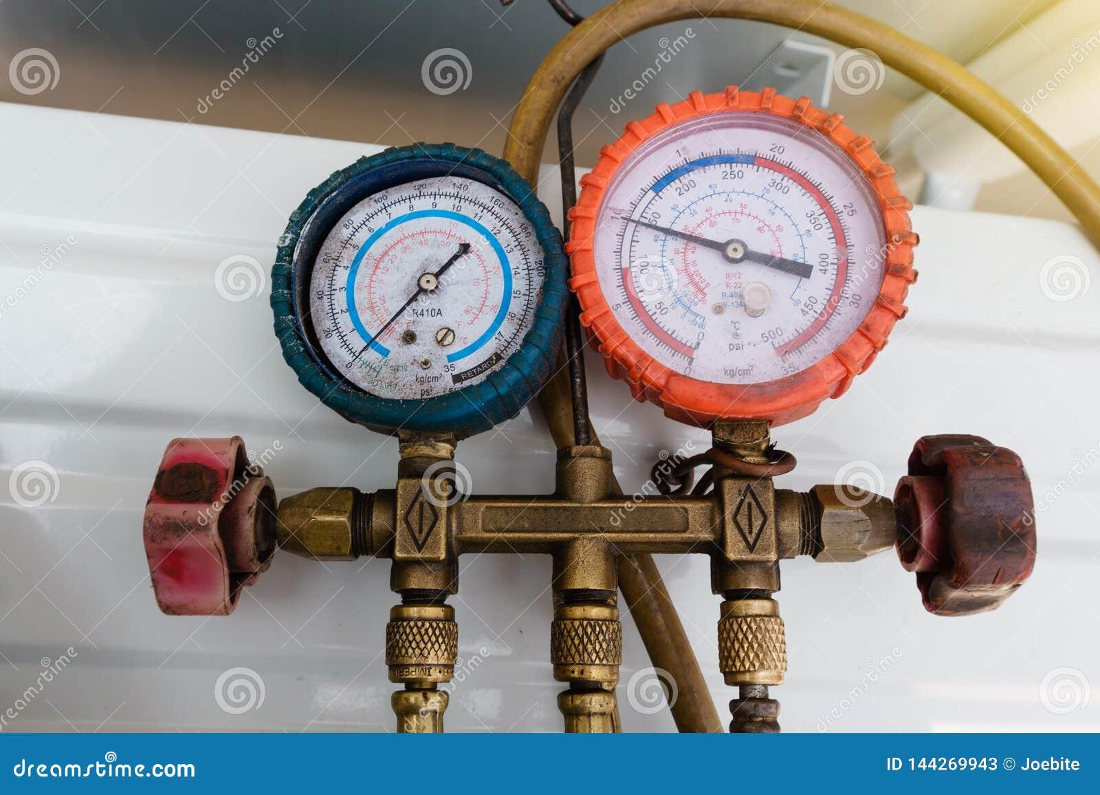 I calibri del liquido refrigerante, strumento di misura per studiano e rifornimento di carburante dei condizionatori d aria Manom