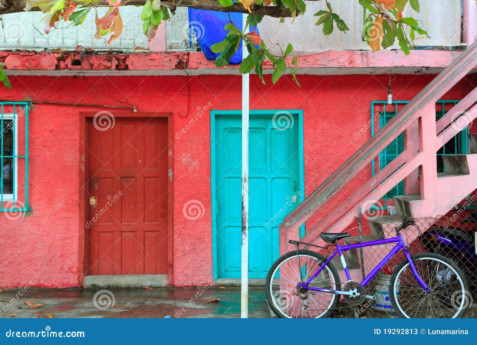 I Caraibi variopinti alloggiano Isla tropicale Mujeres