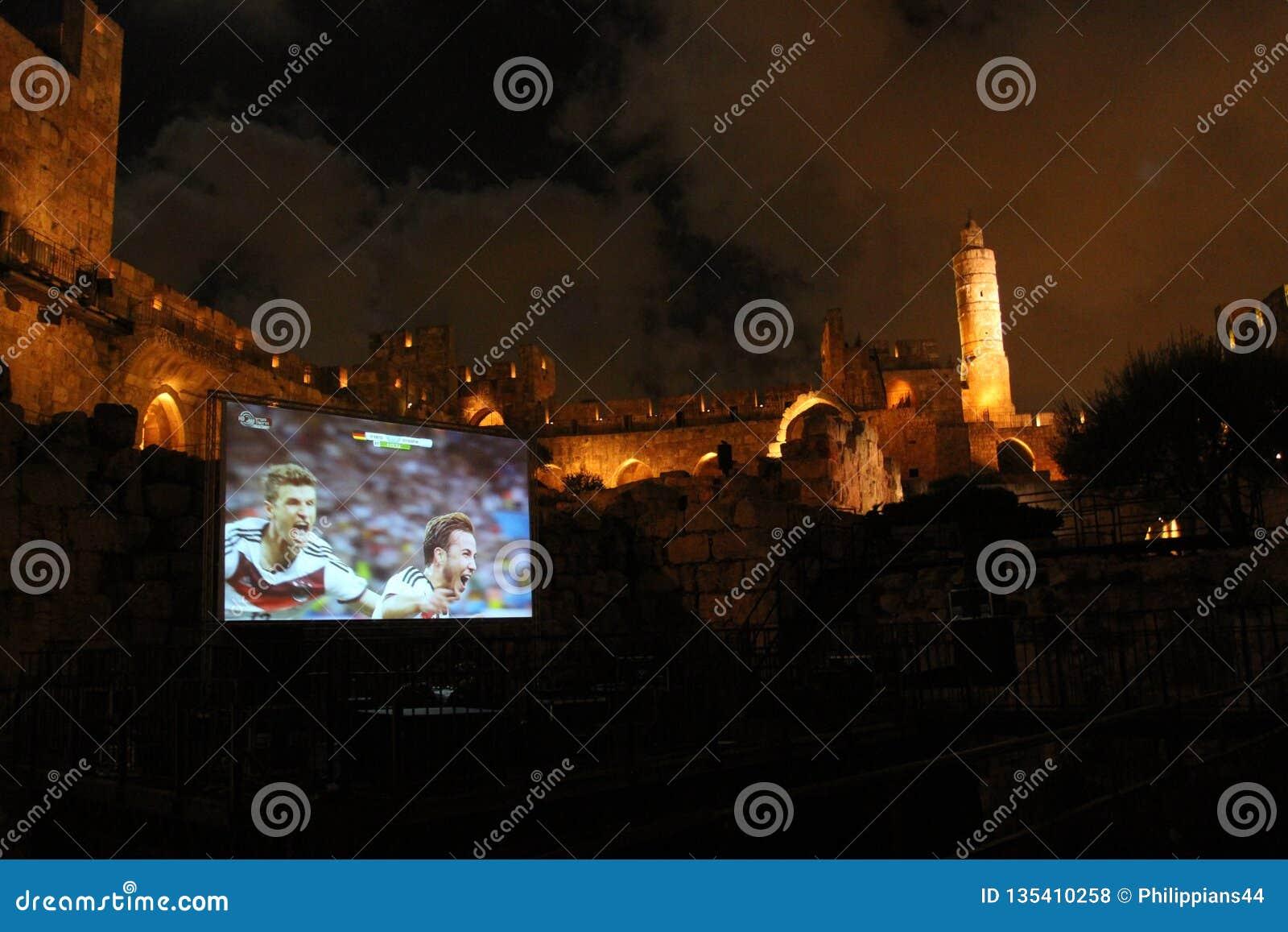 I finali di coppa del Mondo 2014, Germania vince - l osservazione pubblica alla torre antica di David alla notte