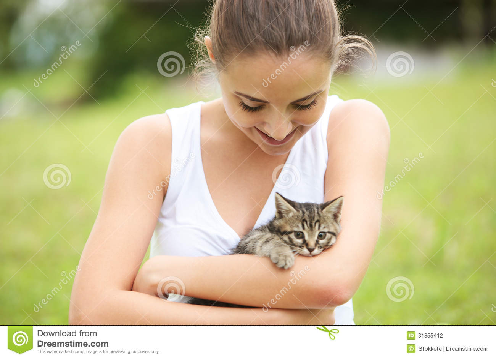 how to love my kitten
