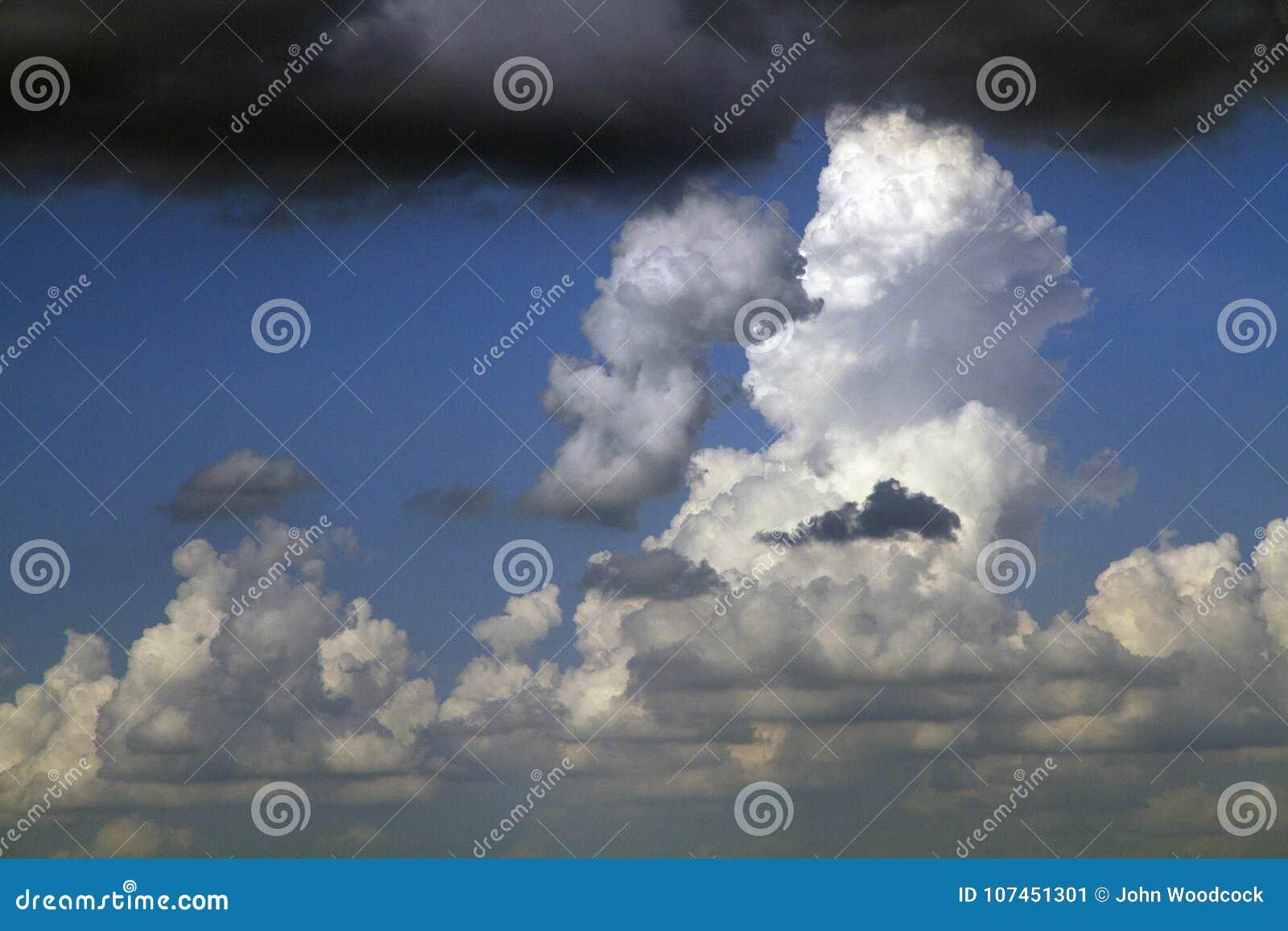 I molnen, vad vänder mot du ser?