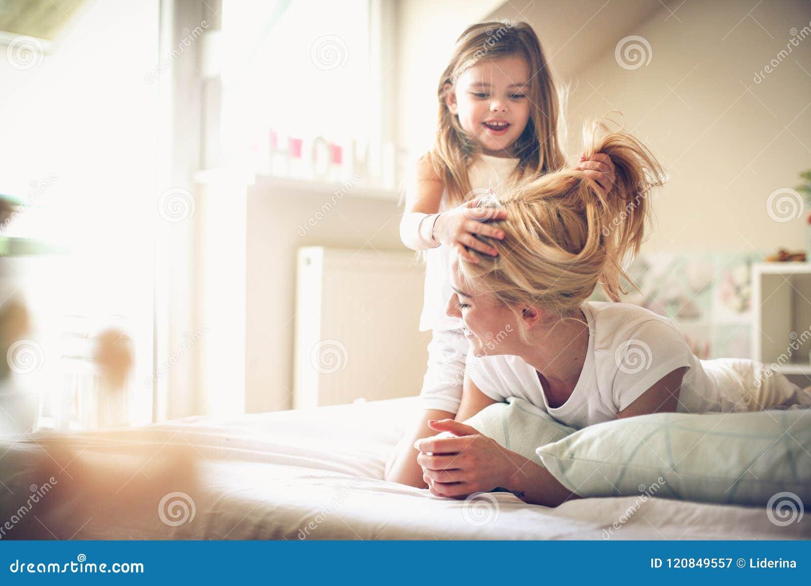 I am moms hairdresser little girl