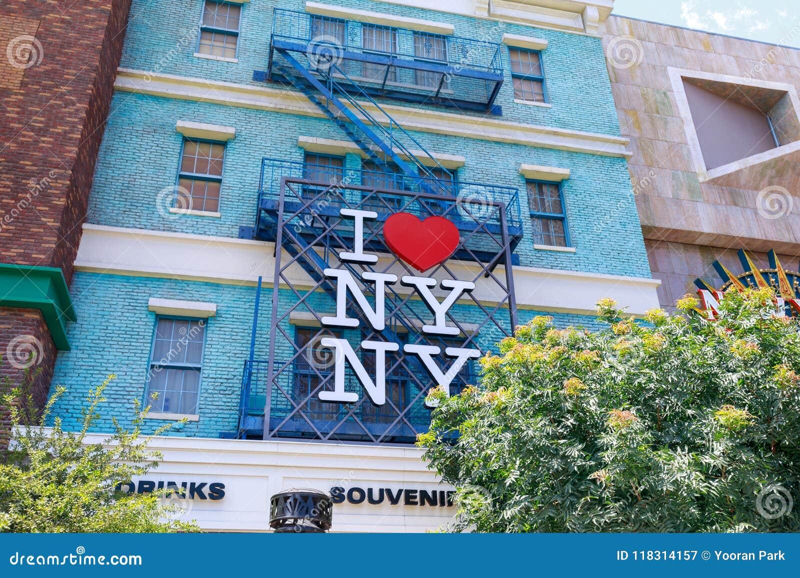 I muestra del corazón NY, nuevo York-nuevo hotel y casino, tira en paraíso, Nevada, Estados Unidos de York de Las Vegas