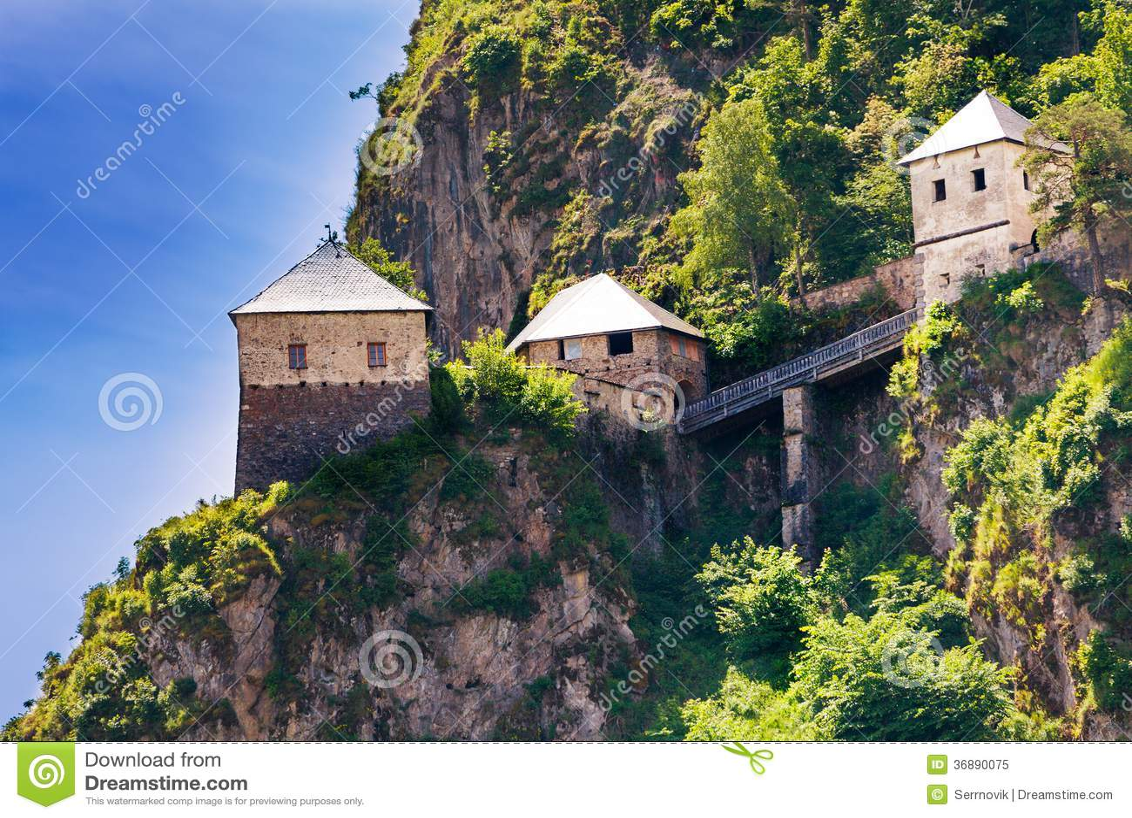 Download I Ponti E Le Torri Di Hochosterwitz Fortificano In Austria Immagine Stock - Immagine di limite, ponticello: 36890075