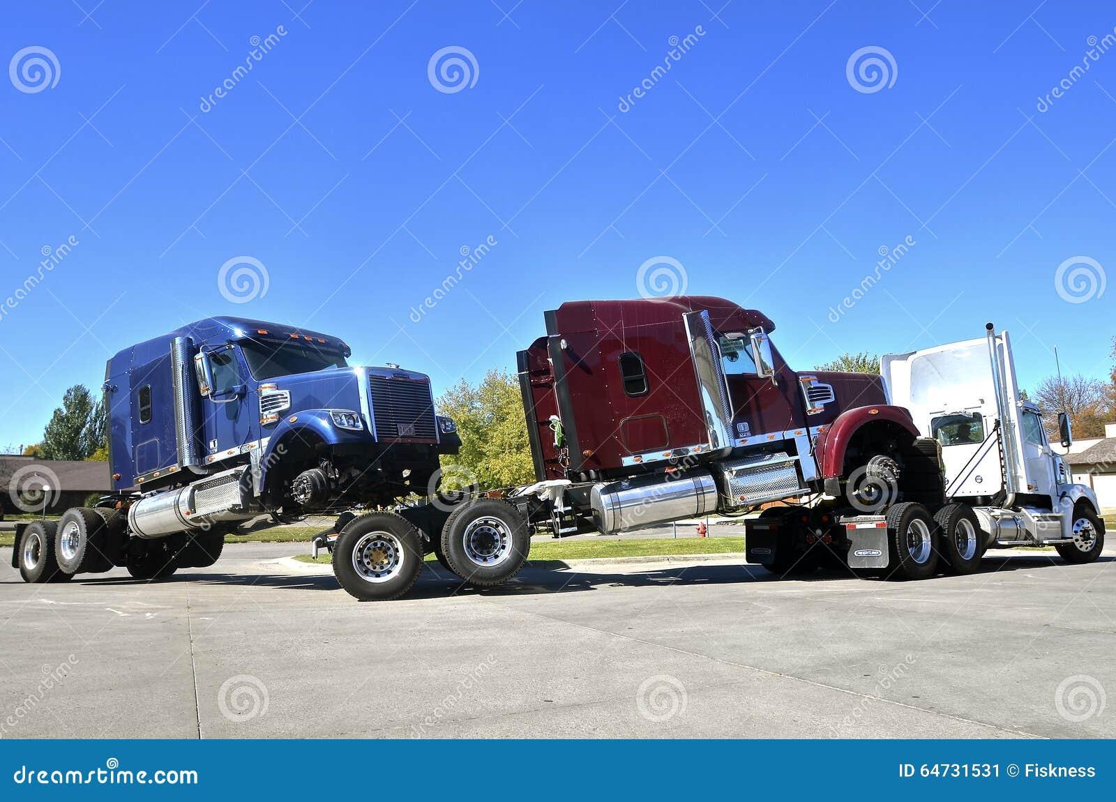 I trattori del camion guidano il a due vie