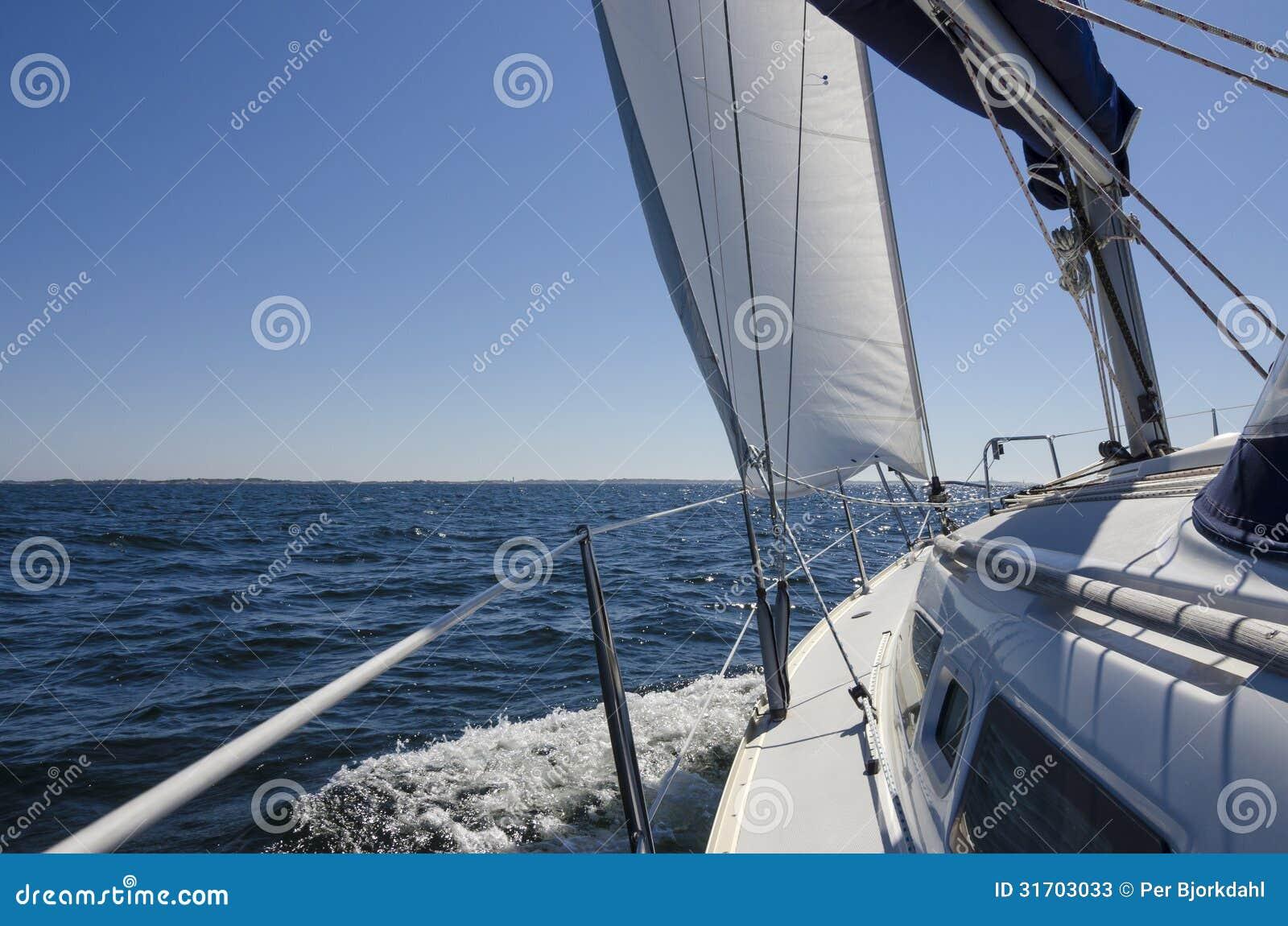 Iate a bordo da navigação