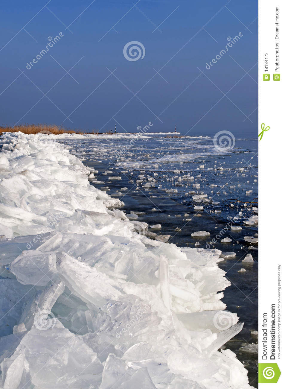Ice Barricade On Lake Balaton,Hungary Stock Photos - Image: 18184173