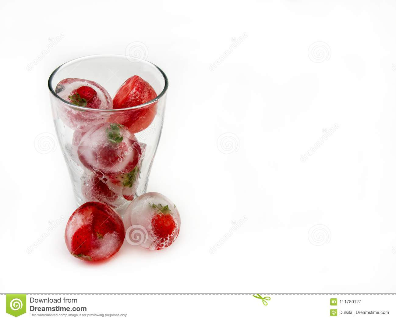 Ice cubes with strawberries