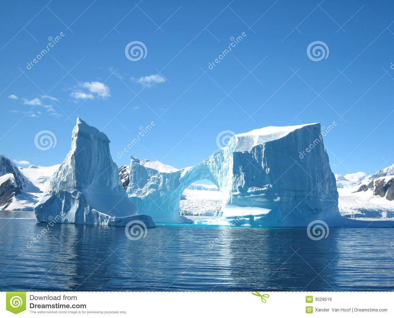 Iceberg sculpture