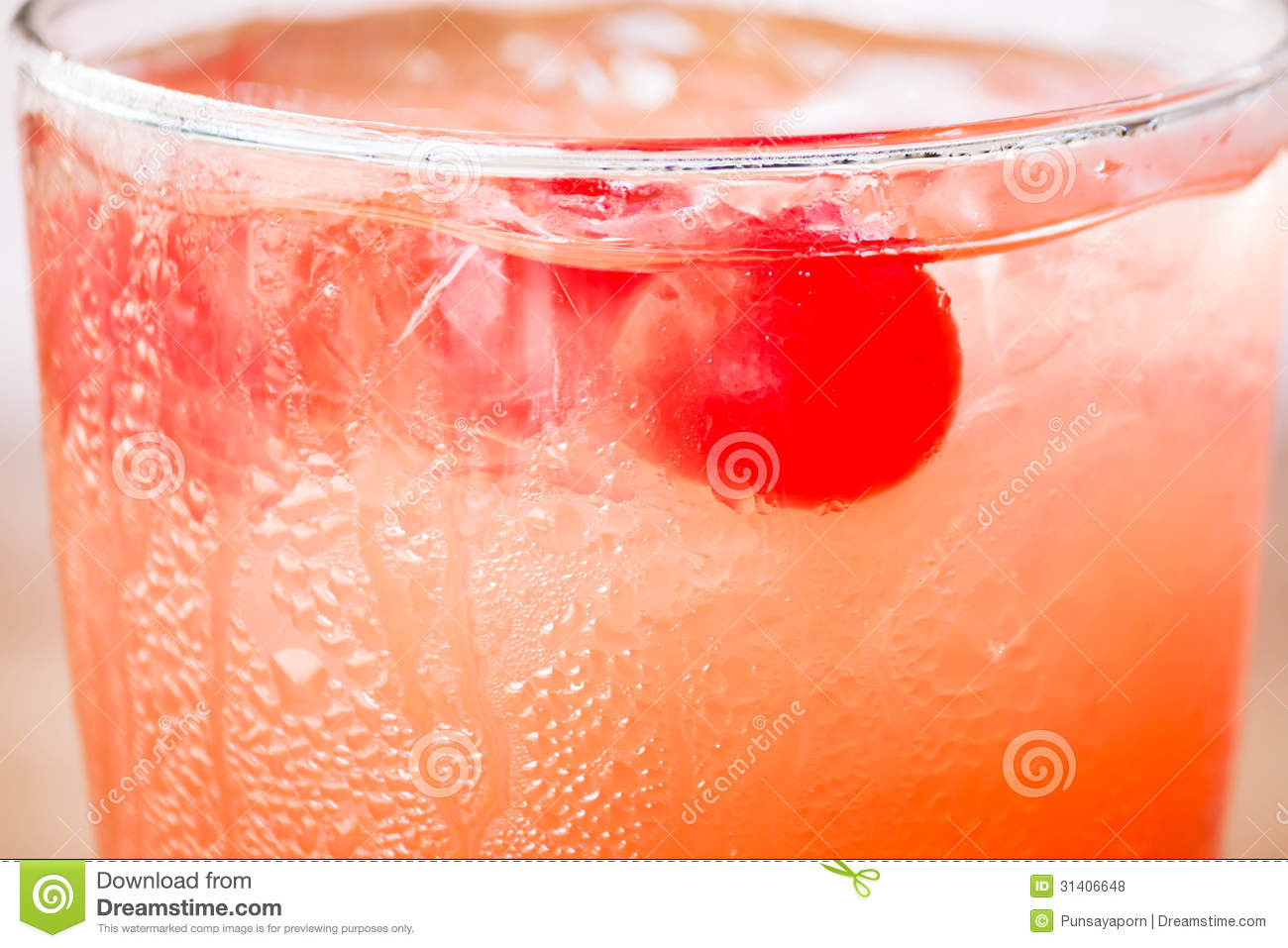 Red Cherry On Iced Mix Fruits Juice Soda Mr No Pr 0 184