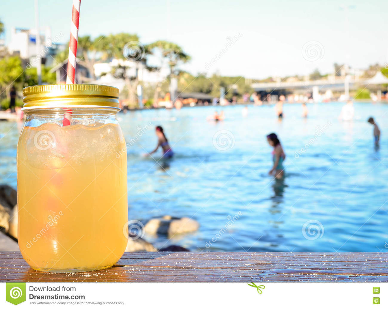 Download Iced Mojito On A Hot Summer Day Stock Image - Image of relaxation, maison: 75073851