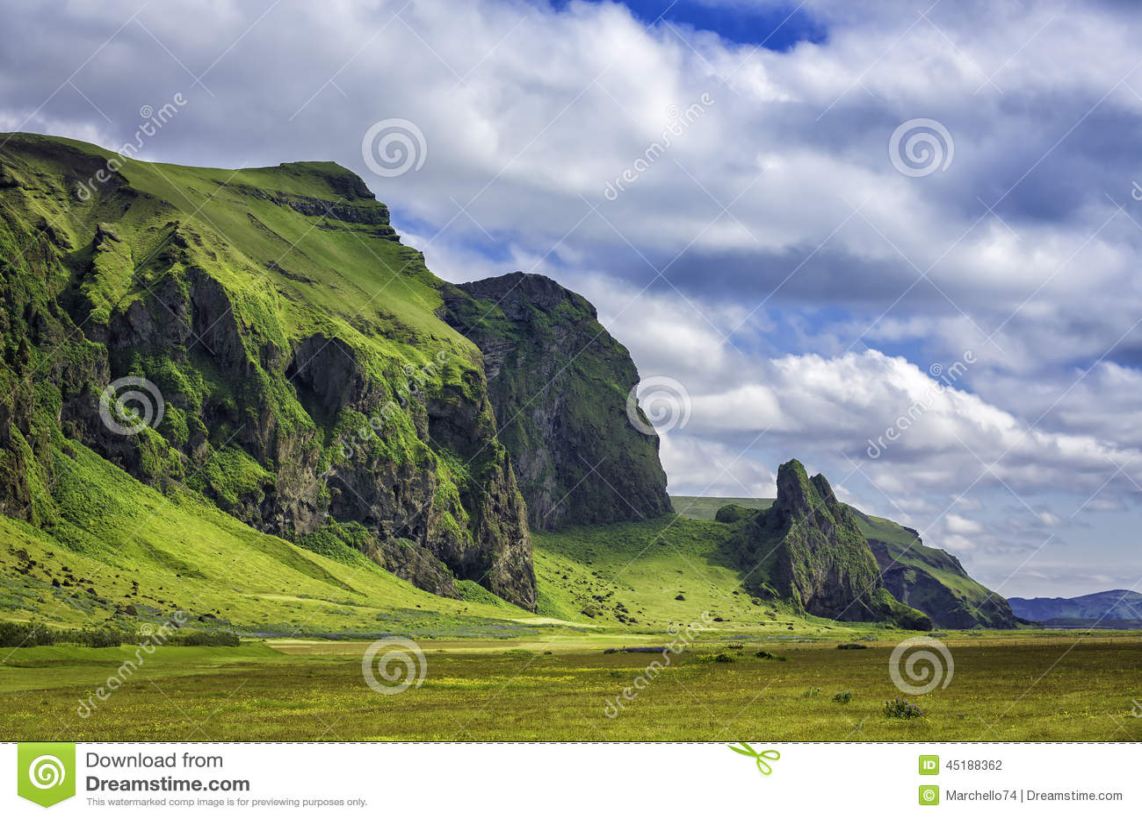 Icelandic mountain landscapes