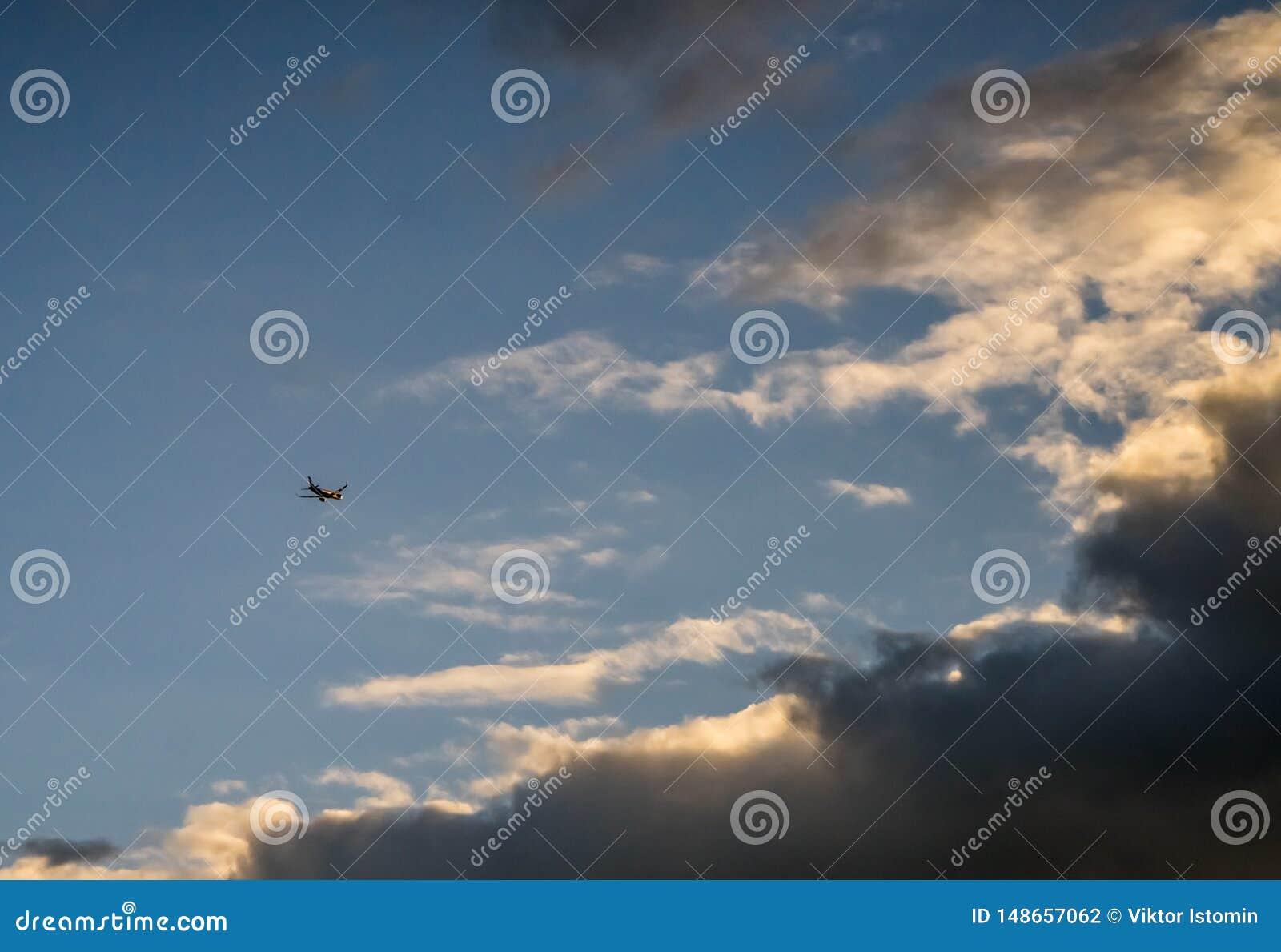 Ich Begleitflugzeuge zur blauen H?he