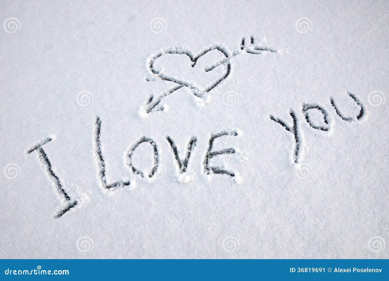 ich liebe dich text geschrieben auf schnee stockbild. Black Bedroom Furniture Sets. Home Design Ideas