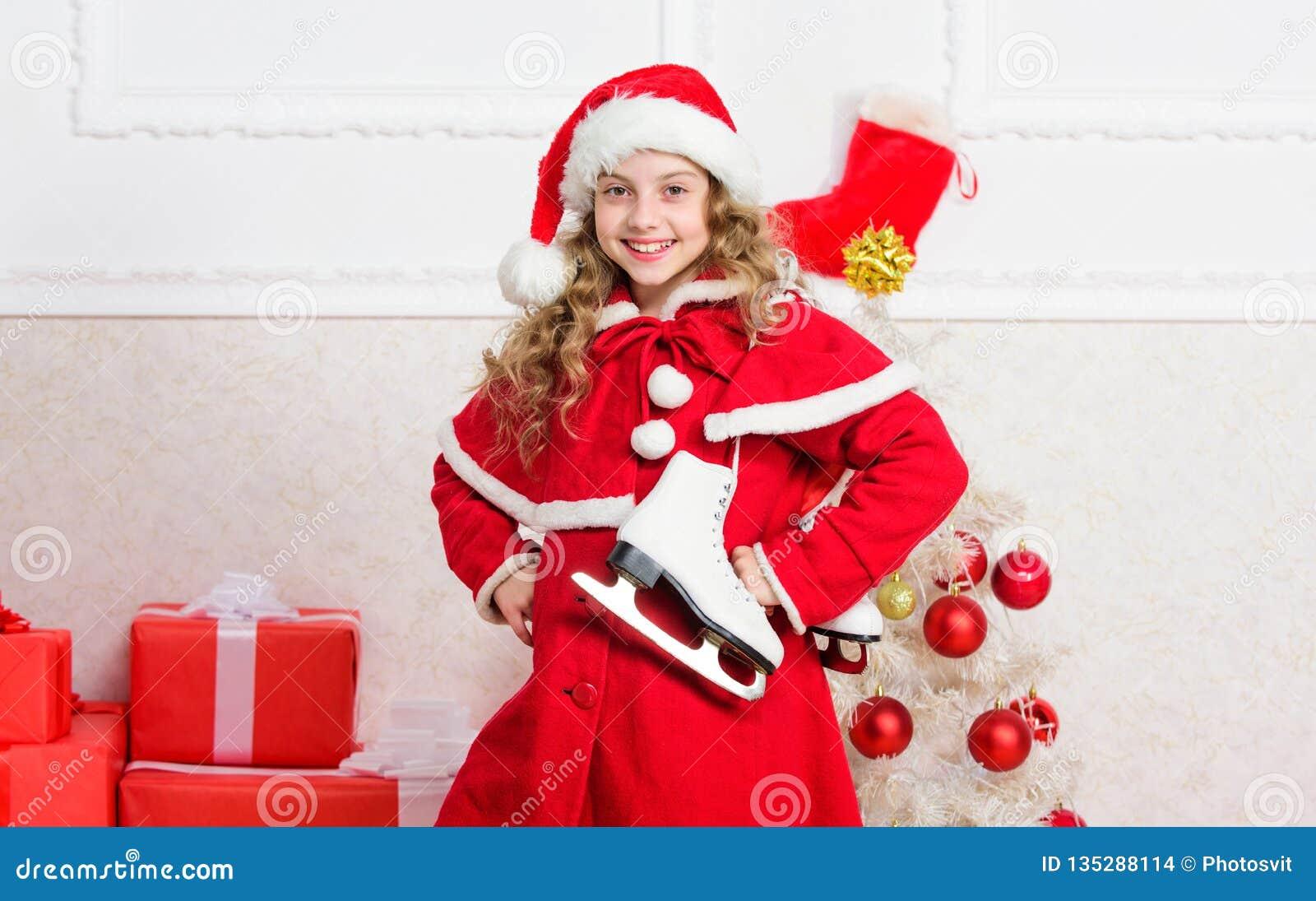 Idées supérieures de célébration de Noël Concept de vacances d hiver Appréciez les vacances de Noël Costume rouge de Santa d enfa