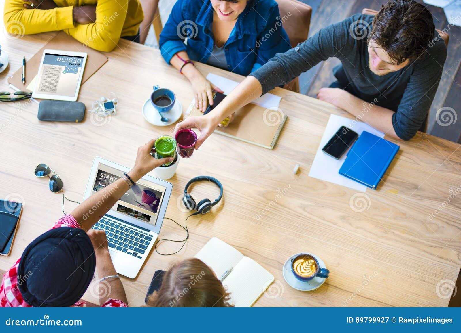 Ideeëncreativiteit Planningsbureau het Werk Koffieconcept