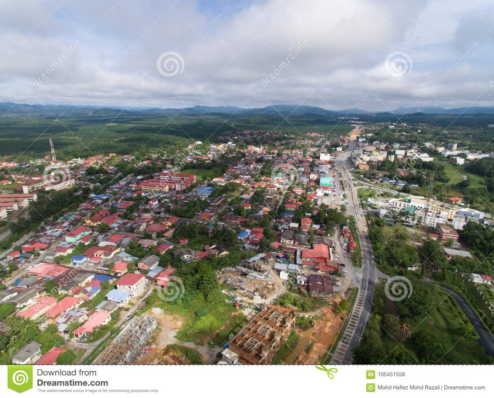 Ideia aérea da área residencial situada no guchil, krai de kuala, kelantan, malaysia