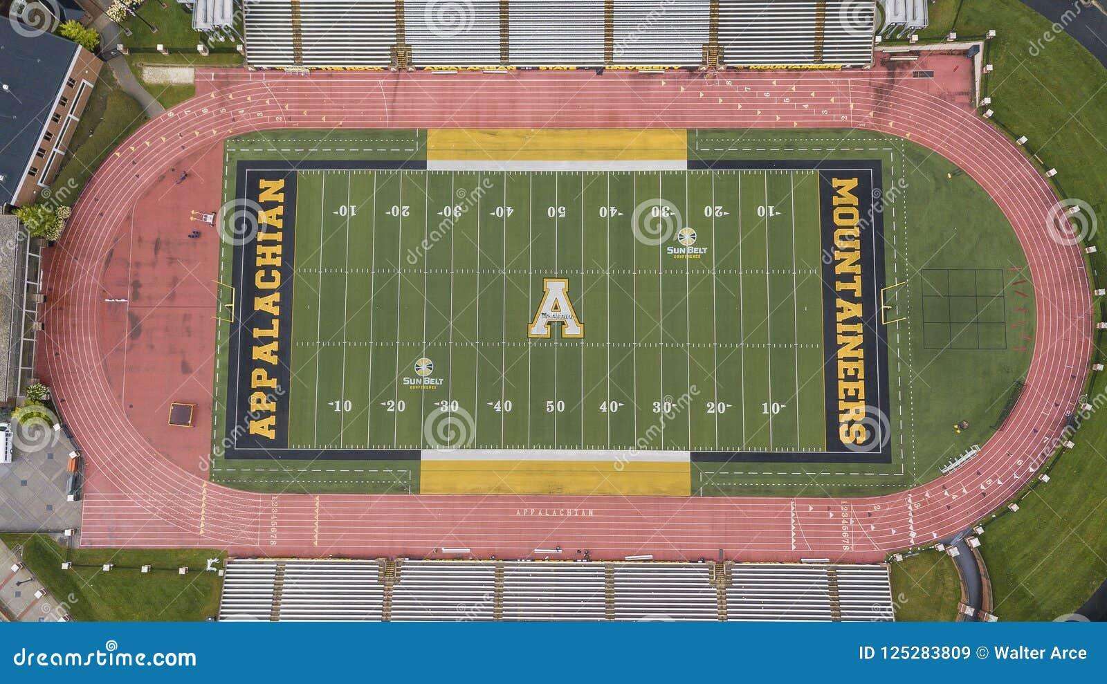 Ideia aérea de terras de Stadium On The do cervejeiro de Kidd do appalachian