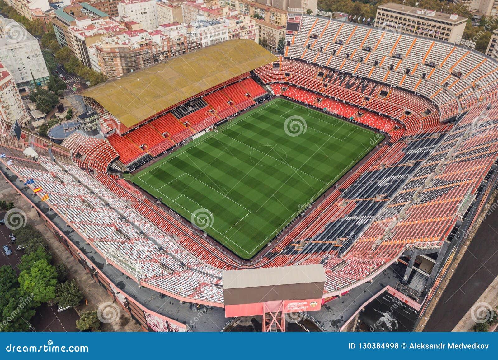 Ideia aérea do estádio de Mestalla