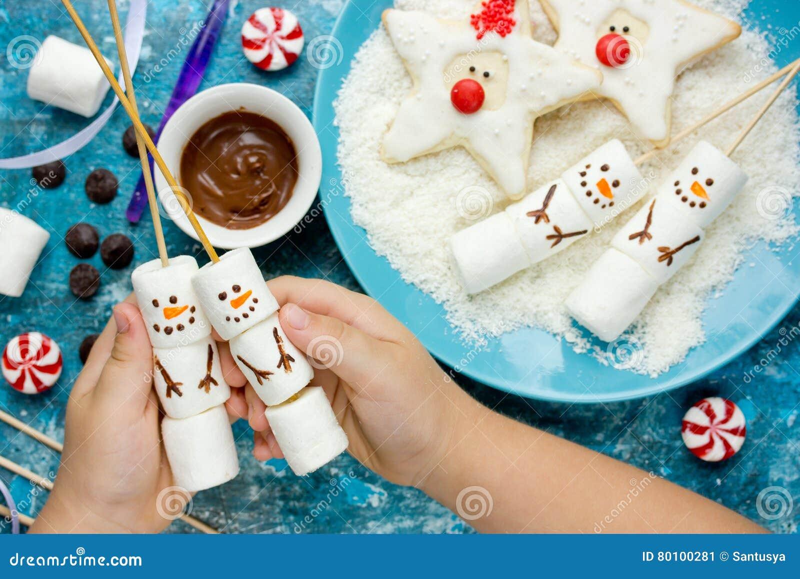 Ideia criativa tratar crianças para a festa de Natal - pântano caseiro