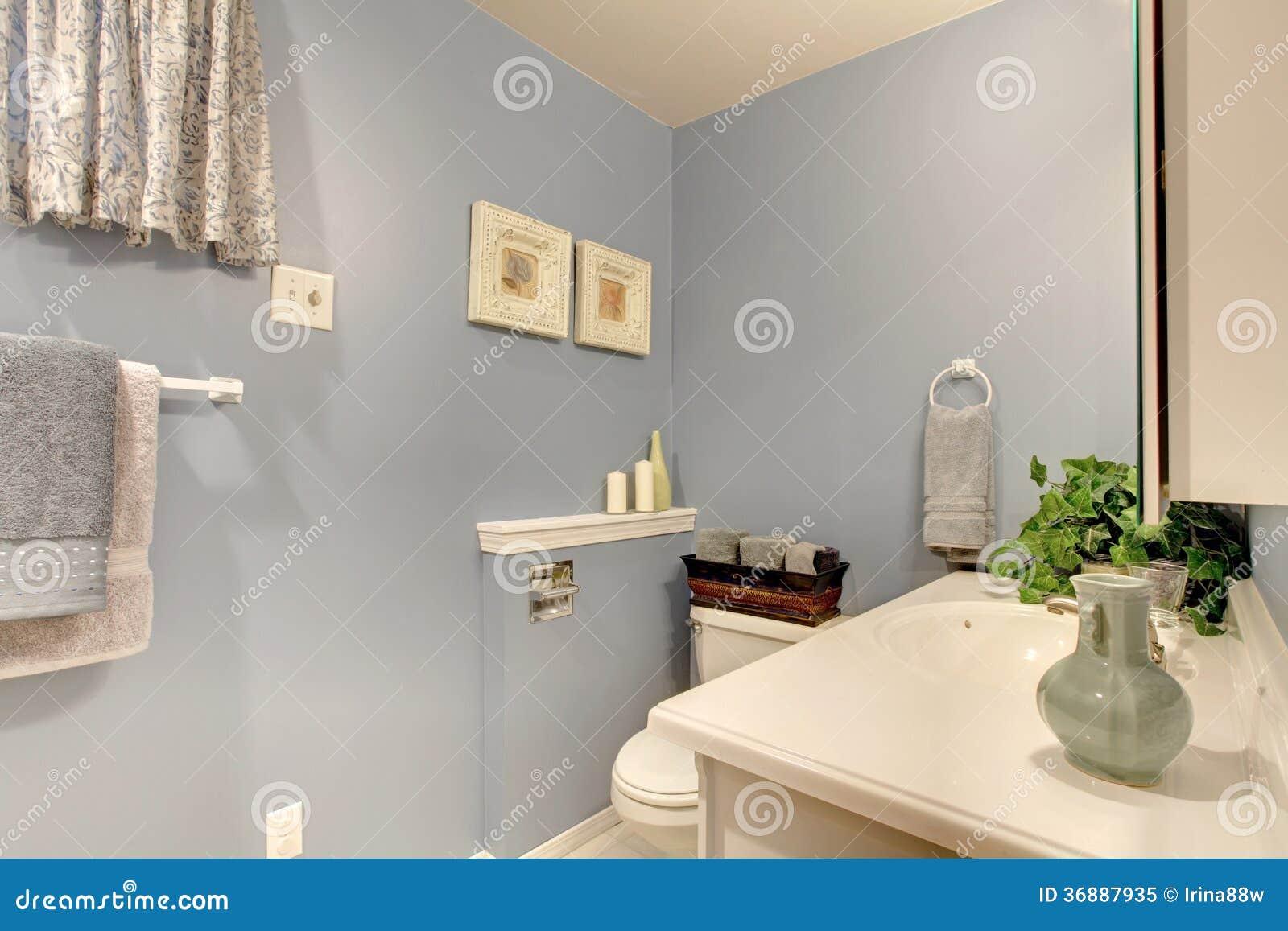 Ideia Do Projeto Simples Para O Banheiro Foto de Stock Royalty Free  Imagem -> Projeto Banheiro Simples