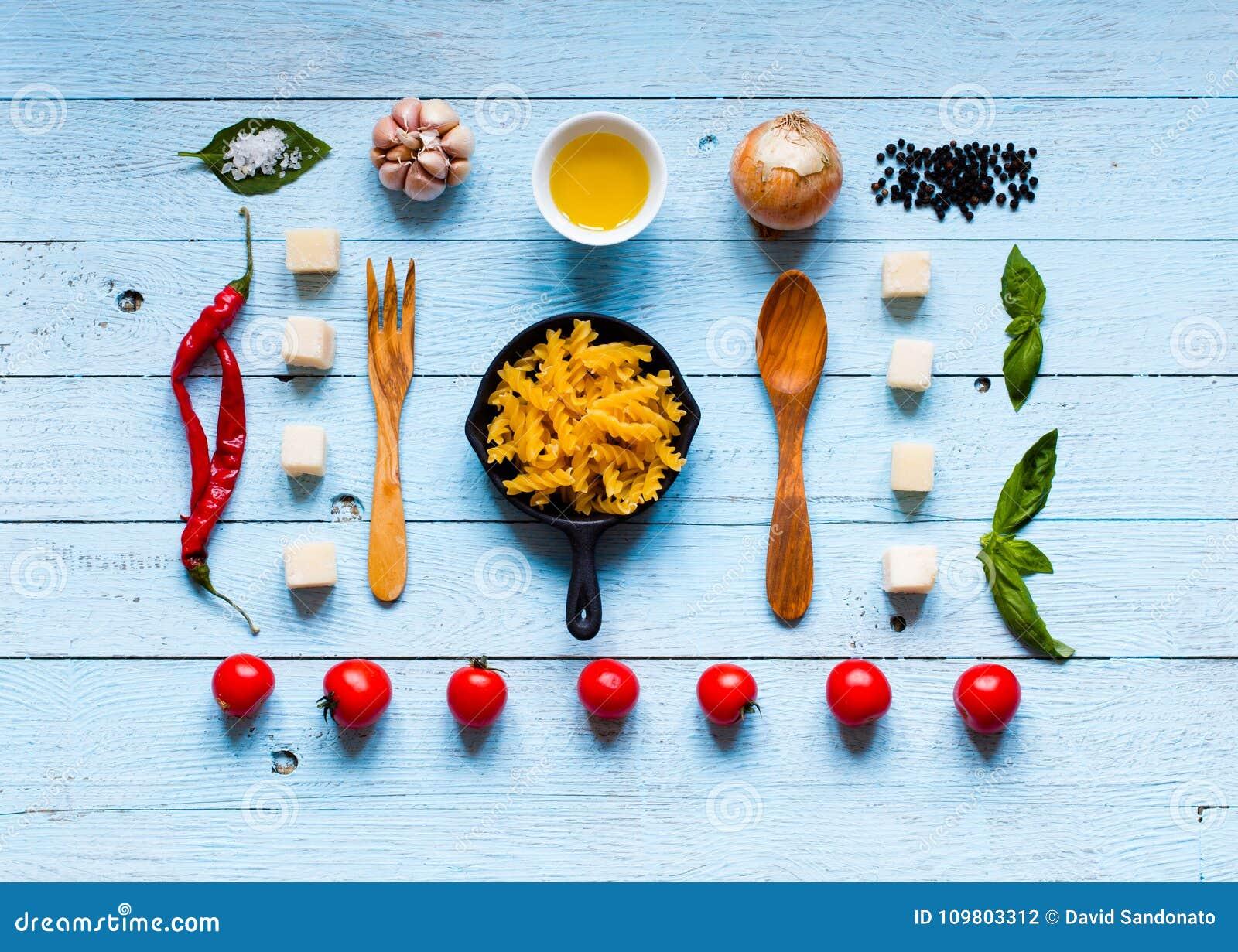 Ideia superior de todo o componente necessário do alimento para fazer-me a um clássico