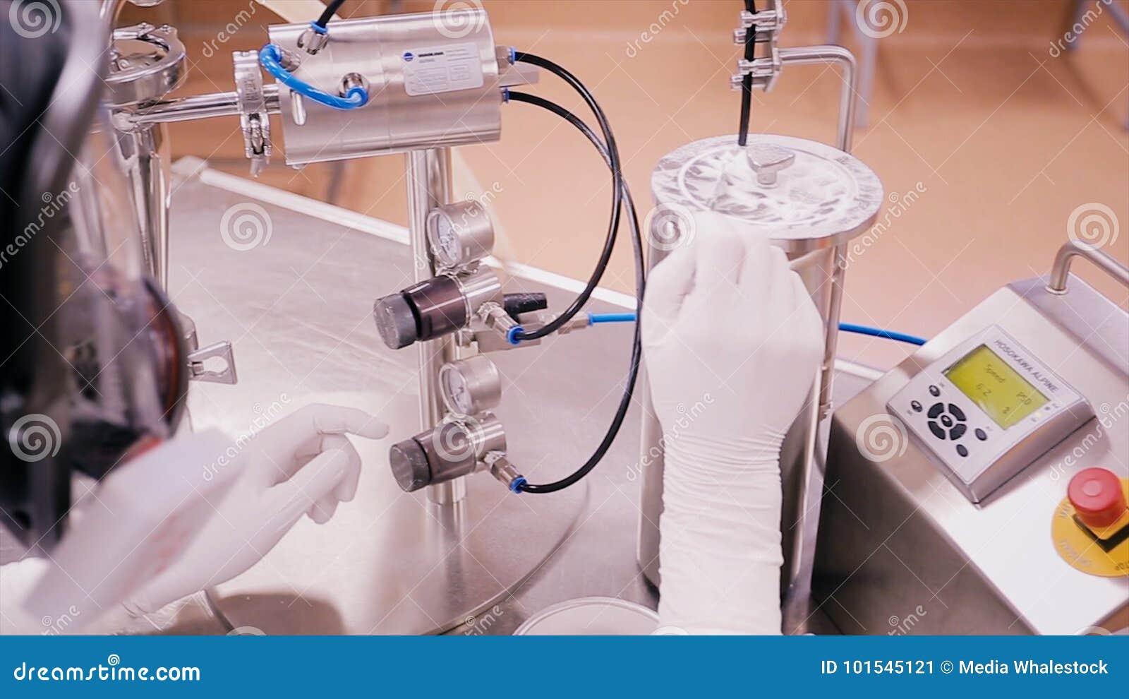 Identificação da matéria prima branca do pó pelo método de FTIR, tecnologia avançada sem preparação da amostra alta