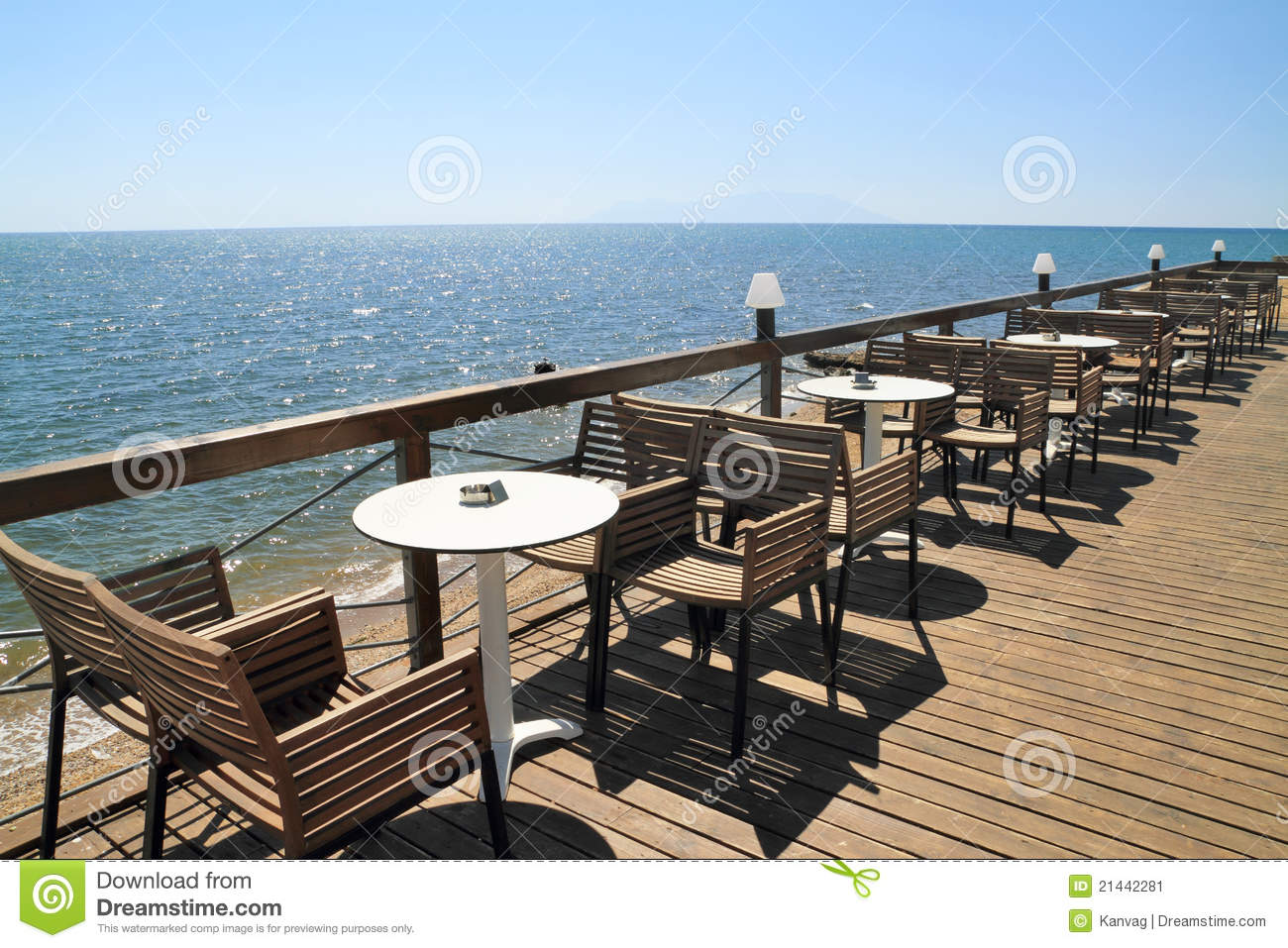 Idyllic Cafe By The Sea Stock Image - Image: 21442281