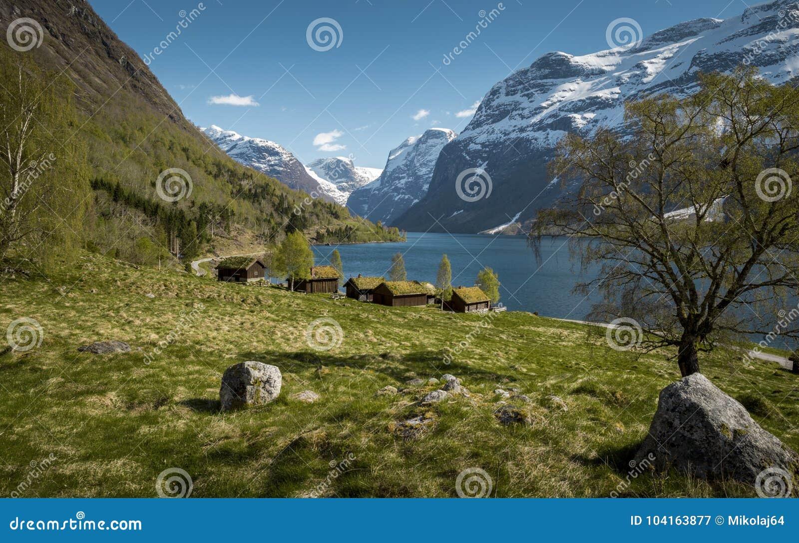 Idylliczny krajobraz w Norwegia