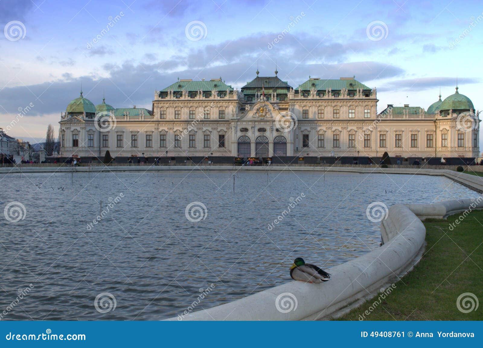 Download Idyllische Ansicht Wien Des Belvedere-Palastes Stockbild - Bild von majestätisch, historisch: 49408761