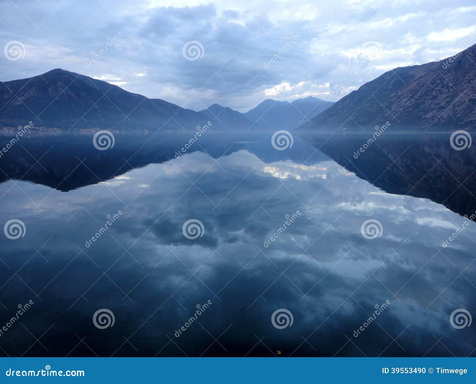 Idyllisk sjö