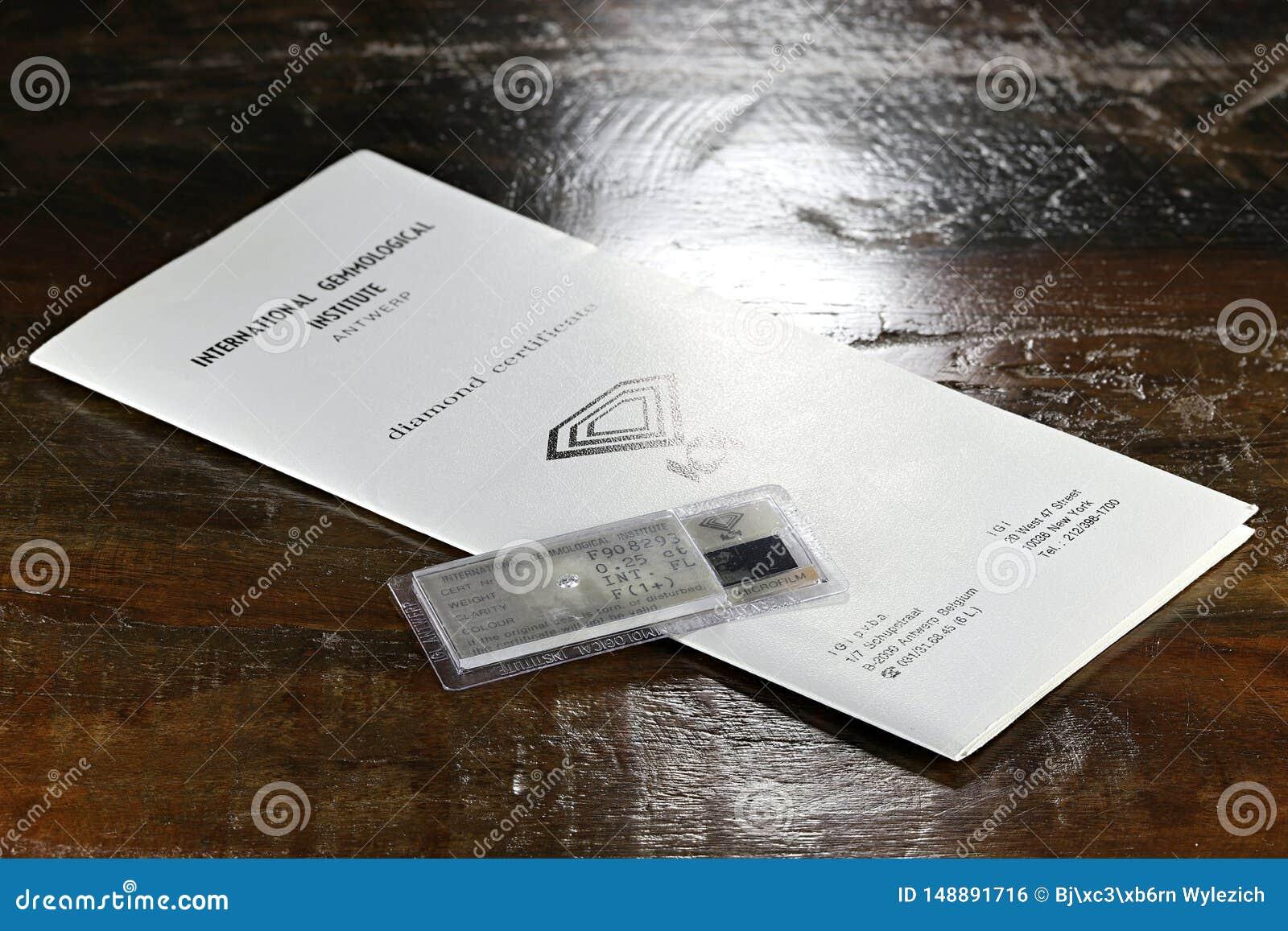 IGI certificou 0 diamante cortado brilhante de 25 ct