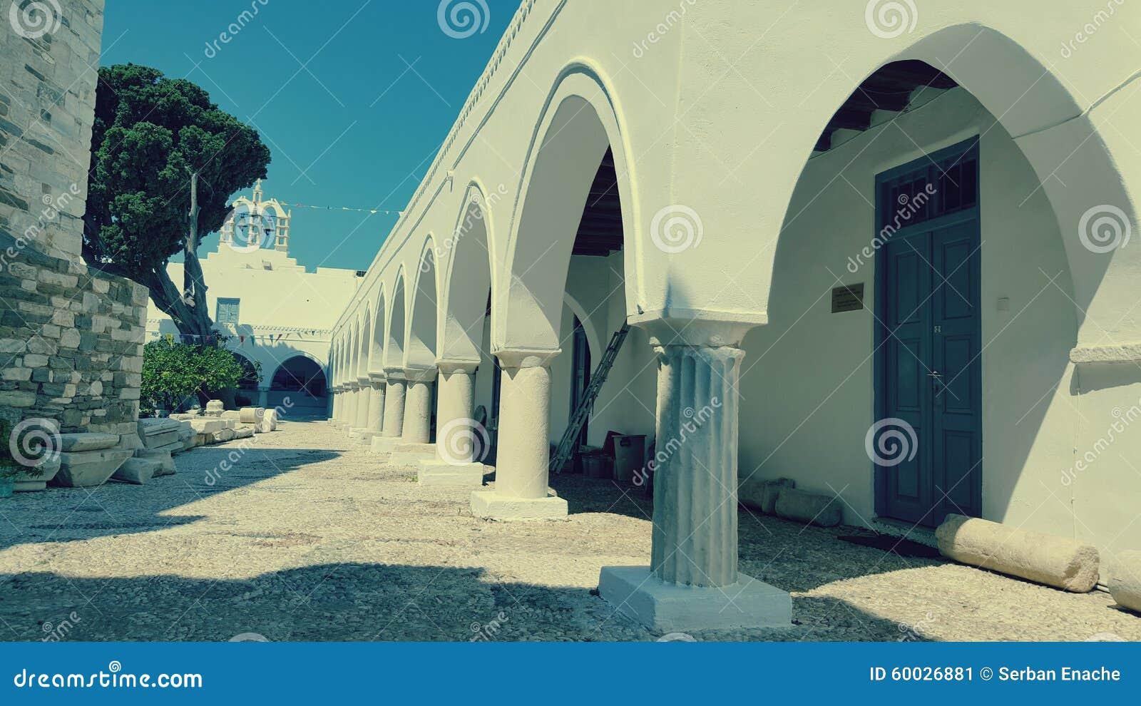 Iglesia de 100 puertas, isla de Paros, Grecia
