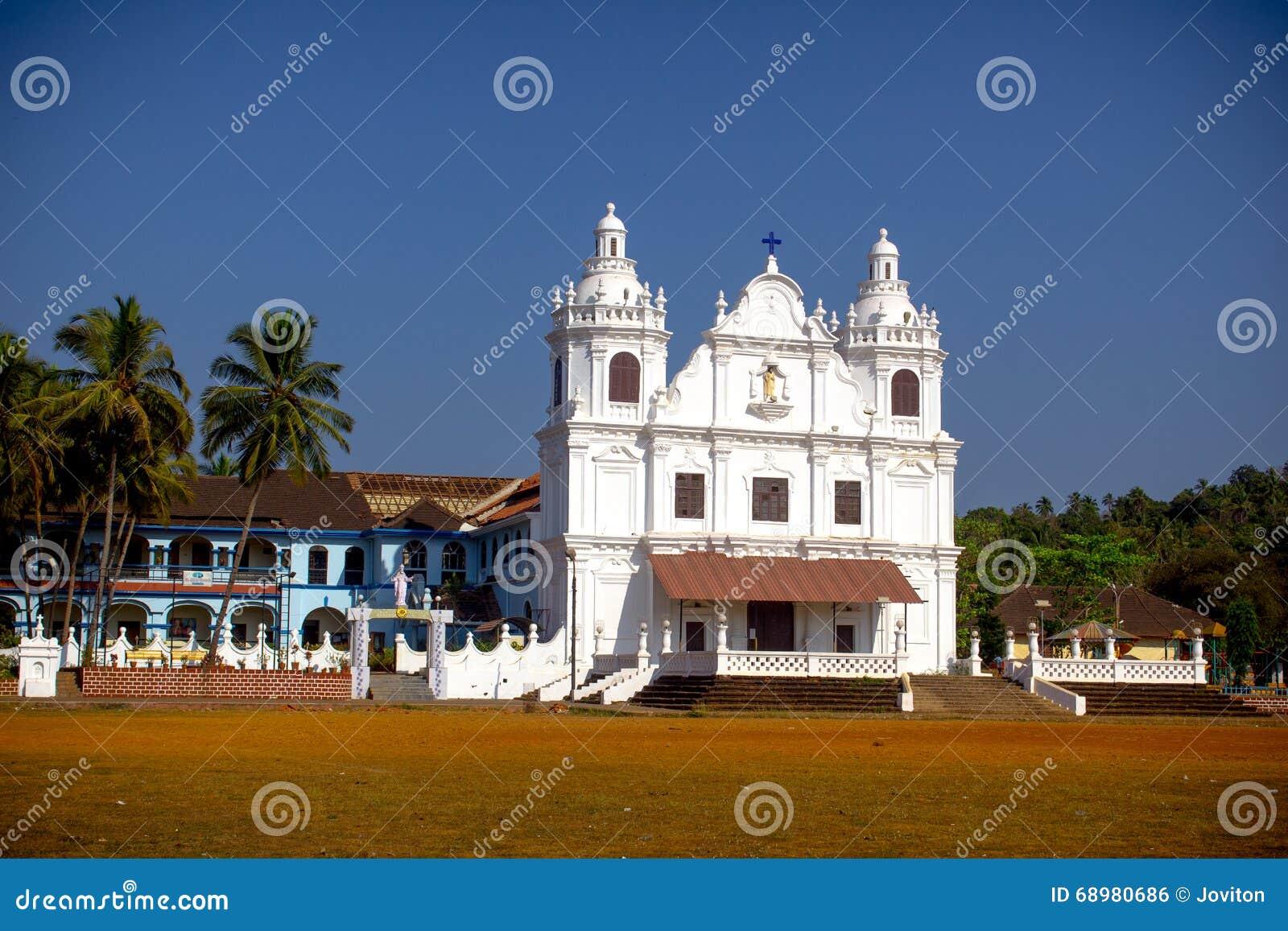 Iglesia del St Alex en goa del curtorim