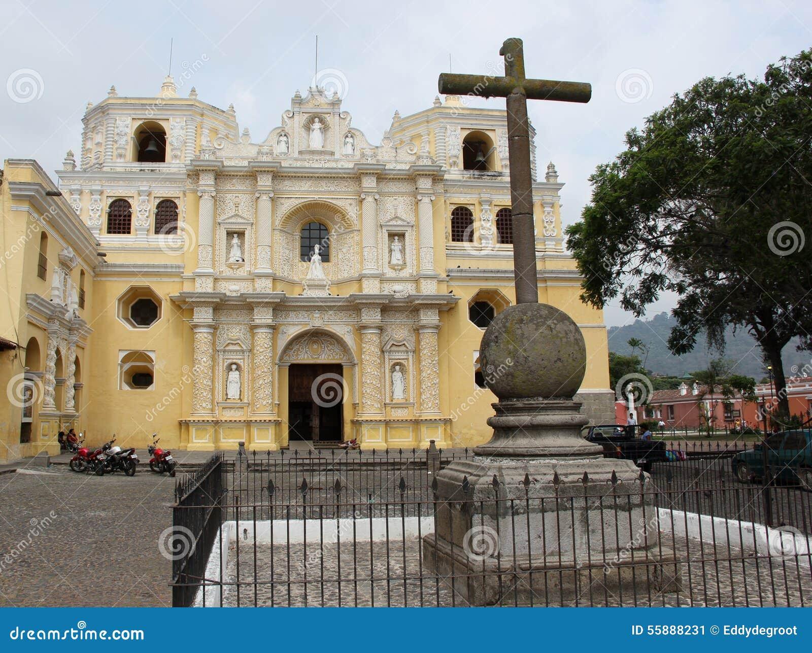 Iglesia La默塞德