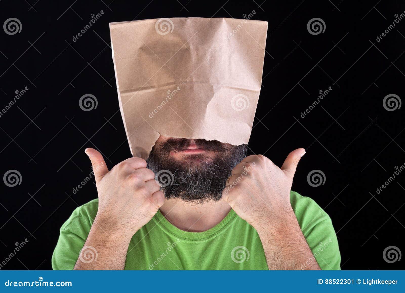 Ignorancja jest błogością - mężczyzna podobieństwa jego głowa i oczy zakrywa