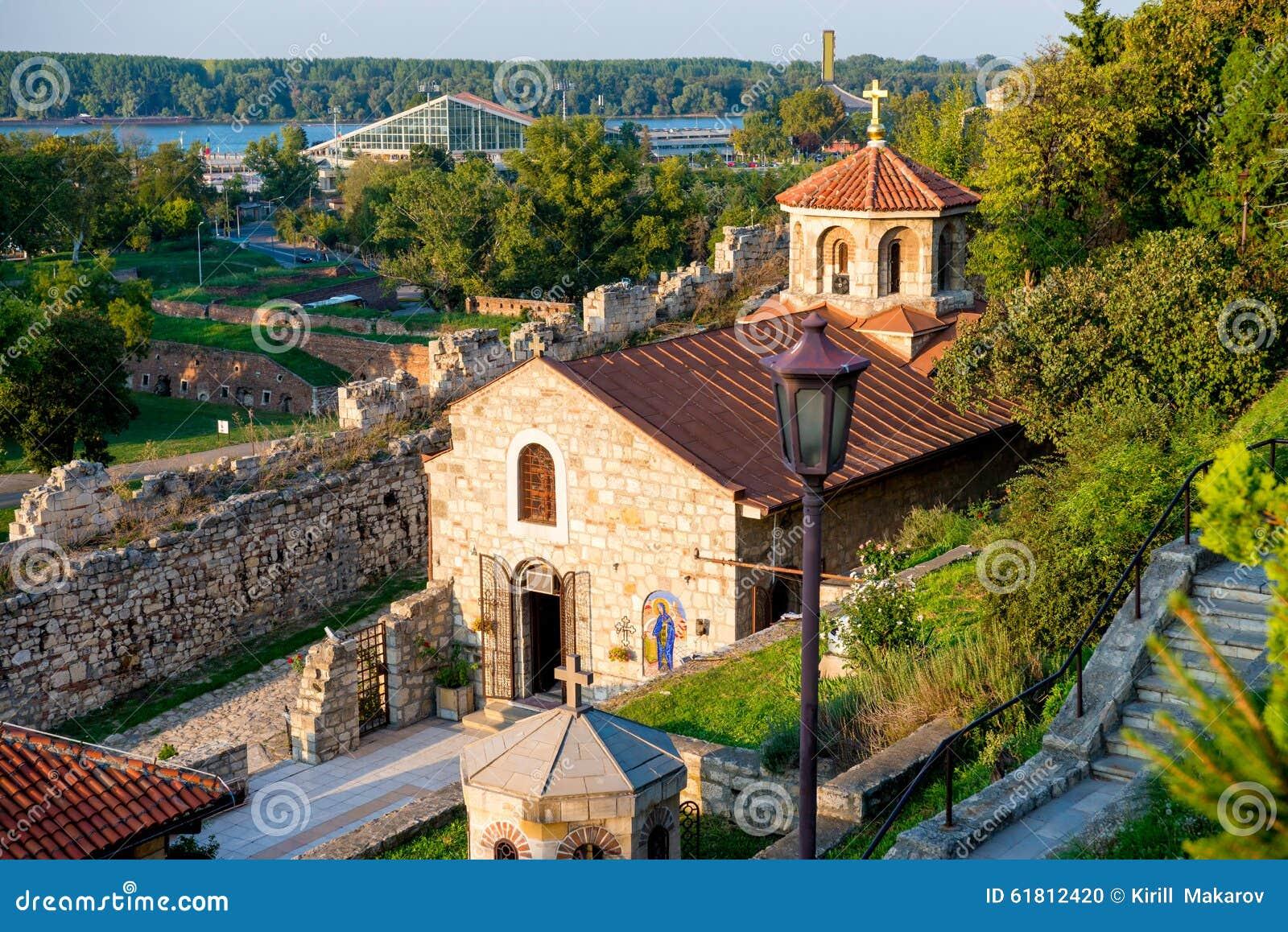 Igreja de St Petka na fortaleza de Kalemegdan Belgrado, Serbia